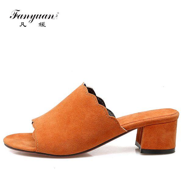 2018 Fanyuan Summer Mules Slipper Kurze Design Med High Heels Quadratische Fersen Flock Damen Schuhe Feste Sandalen Peep-Toe Komfort