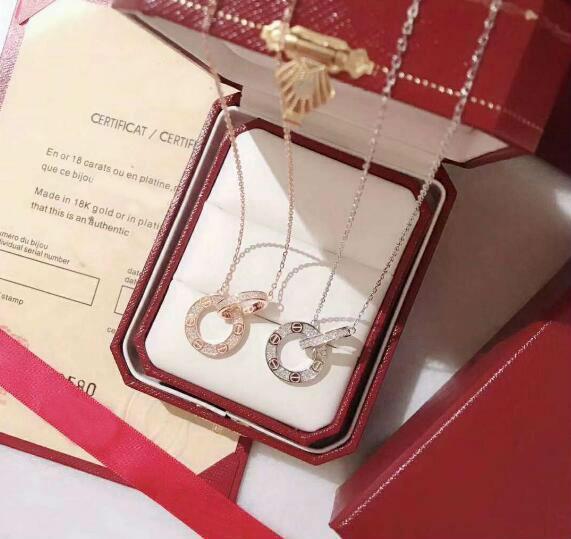 Luxus-Design LIEBE Halskette 925 Sterling Silber Doppel-Kreis Buchstabe-Liebes-hängende Halskette Hochzeit Halskette Rose Gold
