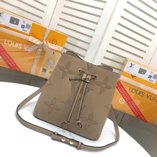 top popular luxurydesigner a32 favorite multi pochette accessories designer luxury handbag purse genuine leather L flower shoulder crossbody bag la 2020
