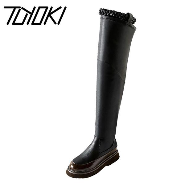 Compre Tuyoki 2020 Mujeres De Cuero Real De Los Cargadores De La Rodilla Elástico De La Manera Band Hebilla Zapatos De Los Planos De Las Mujeres Altas