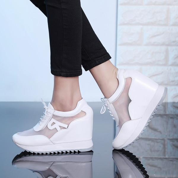 2019 Sapatos de Plataforma Mulher Altura do Salto Escondido Aumento de Malha Sapatos Cunhas Casuais Bombas Femininas 10 cm Saltos Das Sapatilhas