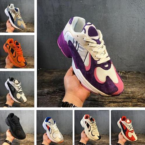 Classic V2 Originals YUNG-1 Chaussures de course Designer pour hommes Chaussures de sport Chaussures de course Designer Femmes Chaussures de course Gris Noir