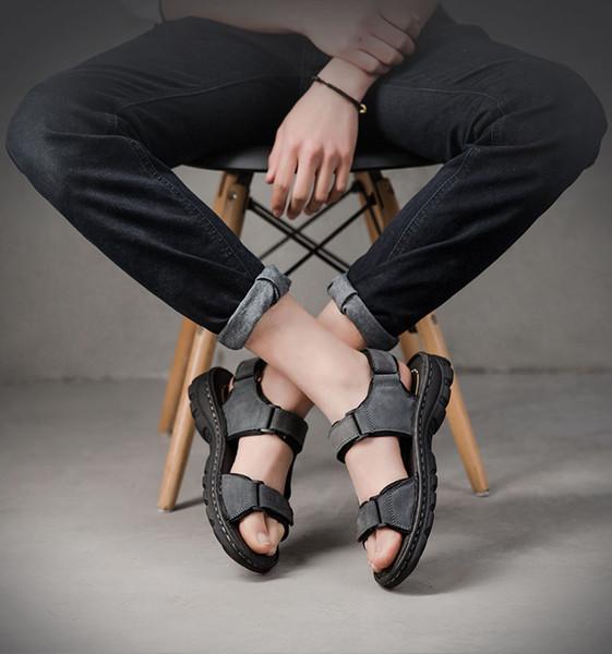 2019 Nouvel été sandales en cuir mâle tendance pantoufles en peau de vache casual chaussures de sport chaussures de plage Hundred Drive