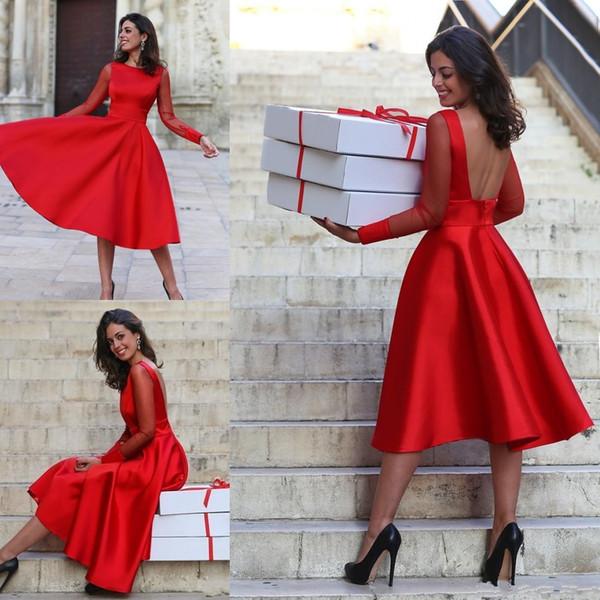 2019 Mangas largas transparentes Vestidos de fiesta rojos Una línea Cuello sin espalda Longitud de té Cóctel Vestidos de baile Vestidos de fiesta formales