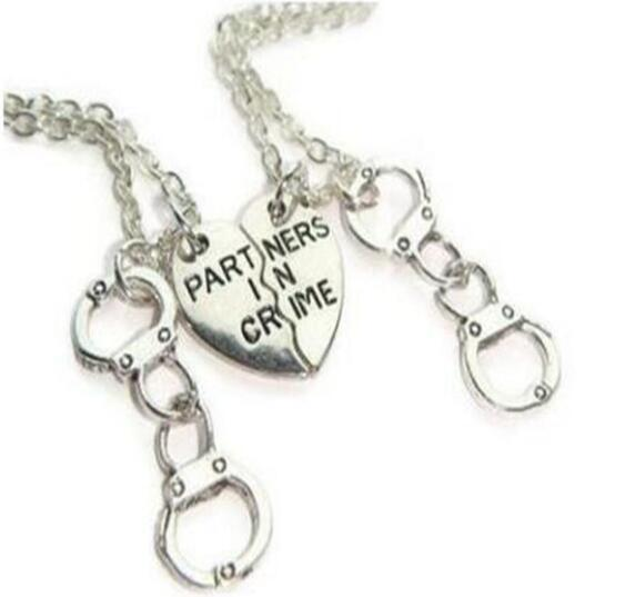 Partner In Crime Best Friends Half Heart Handcuff Necklaces Pendant Vintage Silver Choker Necklace Women Jewelry BFF Friendship Accessories