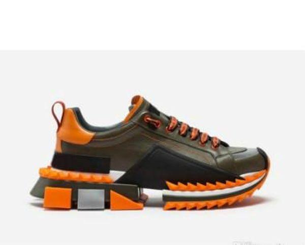Scarpe casual allacciate antiscivolo in pelle con lettera nuova Scarpe traspiranti a testa tonda in pelle Scarpe da ginnastica comode Sneakers uomo donna Colore misto 1939