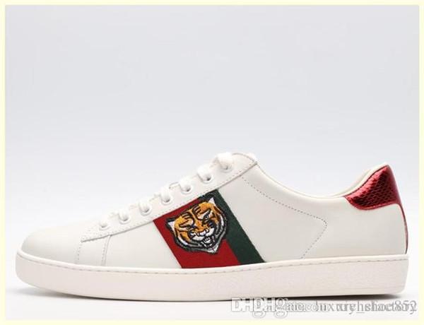Combinaison de fond !! Triple-S dévoile son 17FW chaussures homme luxedesigneWoman Sneaker Couleurs mélangées épais Talon Grand-père Entraîneur Chaussures Casual D01