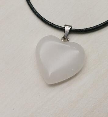 Bianco naturale Pendenti coppie giada energia del cuore del cuore del cuore pendente collana di pietra