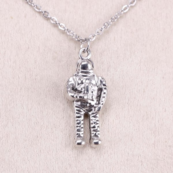 New Fashion Tibetan Silver Pendant NASA universe astronaut 31*13*6mm Choker Charm Short Long DIY Necklace Factory Price Handmade Jewelry