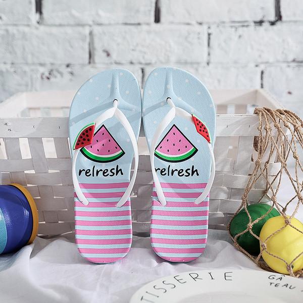 Version coréenne et bascules simples pour les femmes d'été PVC anti-dérapant amants pantoufles blanches noires pantoufles taille 36-40