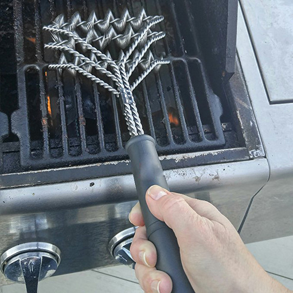 Durable Resistant Stainless Steel Barbecue Brush 18 inch Three Wire Spring With Handle Non-stick Cleaning Grill Brush