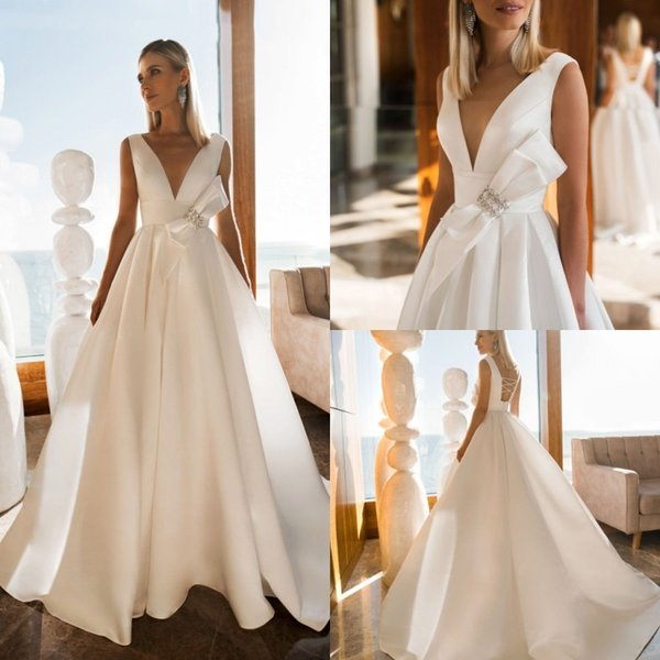 2019 A Line Elegant Wedding Dresses Deep V Neck Sleeveless Beach Boho Wedding Dress Custom Plus Size Backless Bridal Gowns