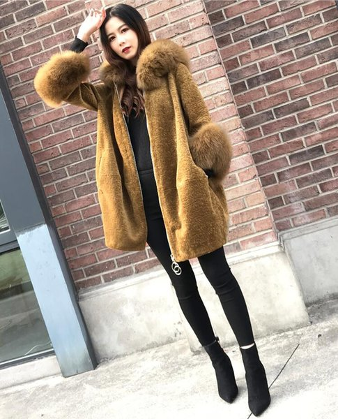 2018 women new winter Korean version of large-collar sheep shearing hooded coat female side pockets with fur decor slim fur coat