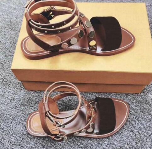 Las más nuevas mujeres de lujo de impresión de cuero sandalia llamativo estilo diseñador de suela de cuero perfecto lienzo liso sandalia tamaño 35-41