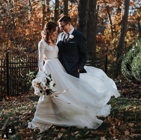 2019 Boho Wedding Dresses Lace A Line V-neck Long Sleeve Belt Chiffon Sweep Train Garden Beach Wedding Bridal Gowns Vestido de novia