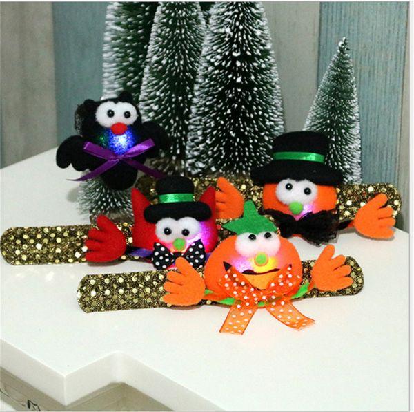 Aplauso do dia das bruxas anel crianças led colorido luminoso banda de pulso pulseira dos desenhos animados abóbora morcego piscando cinta crianças pulseira de lantejoulas brinquedos b72701