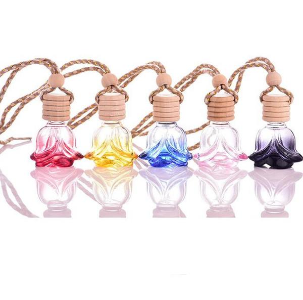 Botella de perfume de Rose Forma de la flor Vidrio Vacío Coche Aceites Esenciales Perfume Colgante Ornamento Rose Fragancia Botellas de embalaje GGA1919