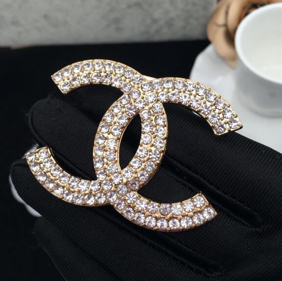 Designer Brooches Crystal Rhinestone Letter Brooch Pin Corsage Luxury Brooches Women Fashion Jewelry Party Supplies