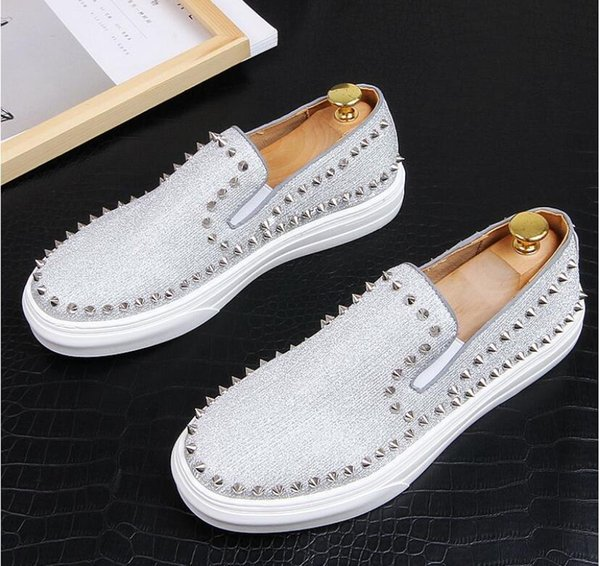2019 Top Quality Mens Loafers Men rivet Shoes Casual Fashion Male Lace Shoes Men Genuine Leather Flat Leather Design Shoes For Men