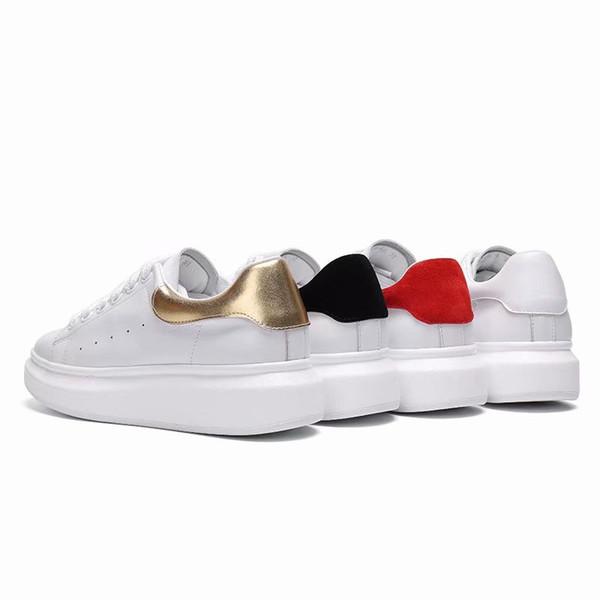 Nova chegada preto branco vermelho moda de luxo Designer Shoes ouro de corte baixo de couro projetistas planas homens Marca sapatilhas das mulheres Casual