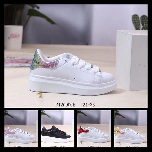 2019 niños Diseñador de lujo Blanco Negro Zapato Vestido De Luxe Zapatillas de deporte Zapatos casuales de elevación 24-35