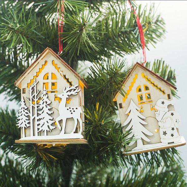 Noel Mini Ahşap Ev Sıcak Kalp Işıkları Ile Kolye Süsler Noel Dekor Noel Ağacı Çocuk Hediyeler Için Asılı Süsler