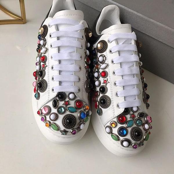 2019 Deluxe Kalite Tasarımcı bahar yeni stiller kişilik su matkap küçük beyaz ayakkabı kalın alt yuvarlak kafa eğlence sneakers boyutu: 35-40