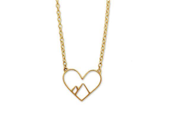 5 pcs Linha Minúscula Escavar coração Aberto amor pico da montanha Colares Simples Fio Envolto Coração Amor Colares para Os Amantes Casais jóias
