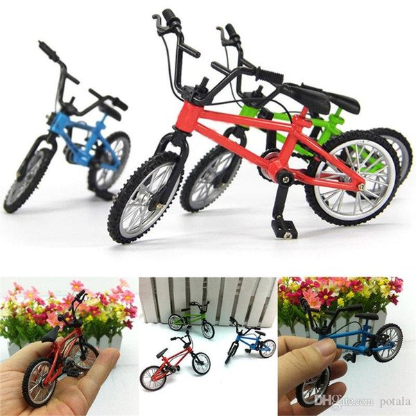 Finger Bike Alloy Mountain Bicycle Desktop Toy Cycling Model Bicyclist Collection kids Gift Mini Figurine Miniature Small Modelling Green