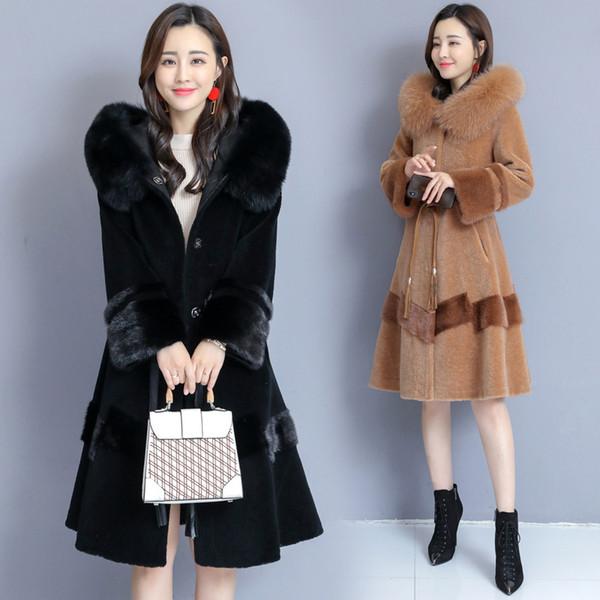 High quality luxury sheep sheared coat women's long section 2019 new winter lamb hair particles one fox fur collar fur coat