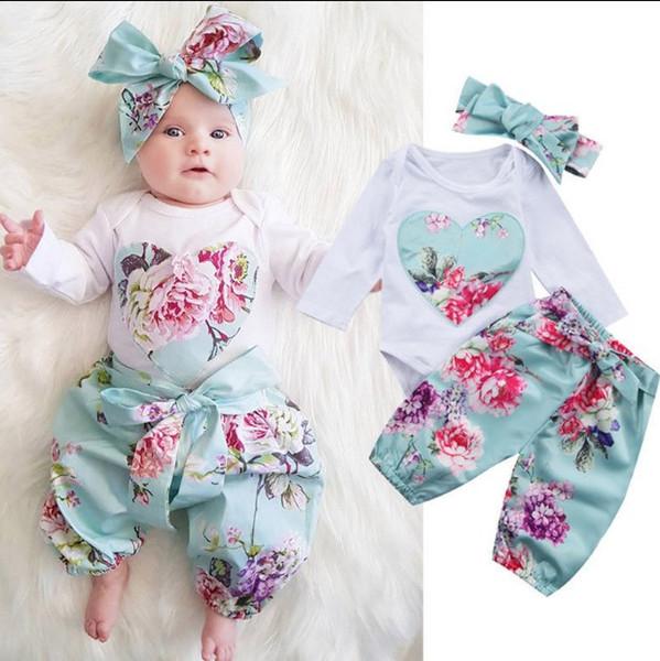 primavera neonate vestiti 3PCS Set pagliaccetto Primavera Autunno Bambini Cuore ricamo Tops + Pant floreali Outfits ragazza dei bambini che coprono insieme di vendita al dettaglio