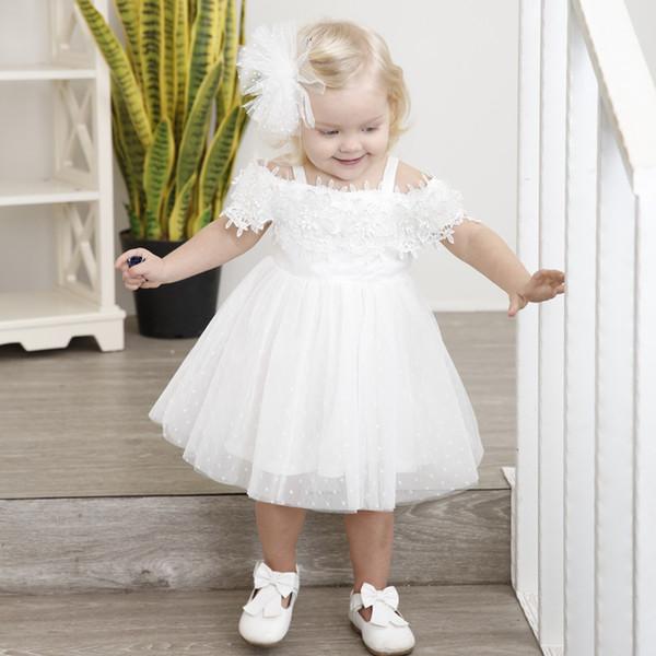 Le ragazze vestono il battesimo 2019 Moda bella principessa Abbigliamento per bambini Pizzo Bianco Ragazze del bambino Abiti da festa per 1 2 3 4 anni RagazzaMX190822