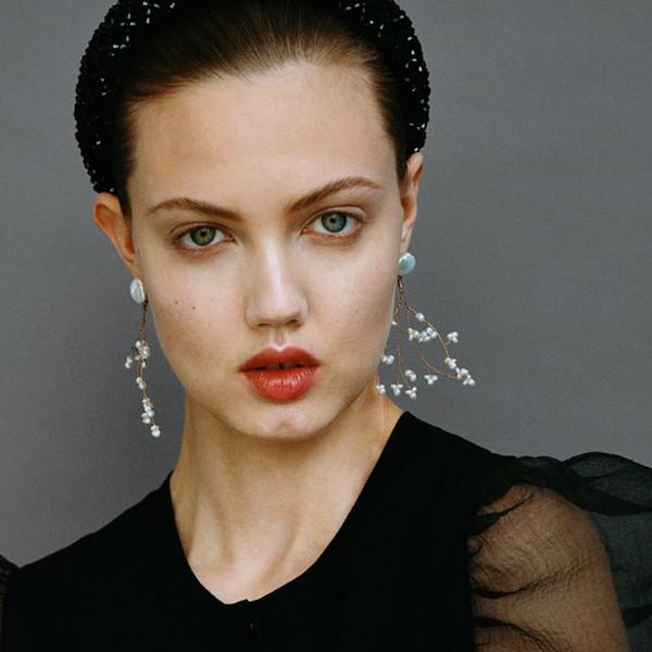 Nur das Gefühl, neue trendige Süßwasser Perlen Ohrringe für Frauen Gold Farbe Runde Perle Vintage Boho Hochzeit Anweisung Ohrring Sommer