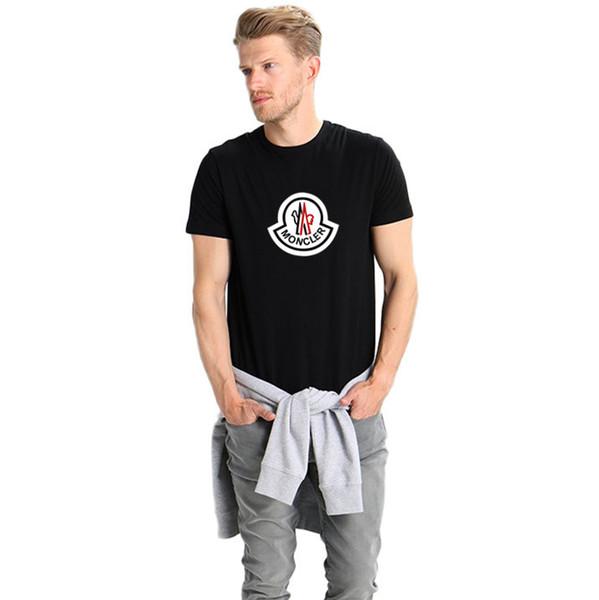 Erkek Tasarımcı T Shirt Moda Erkek Giyim 2018 Yaz Casual Streetwear T Gömlek Perçin Pamuk Karışımı Ekip Boyun Kısa Kollu