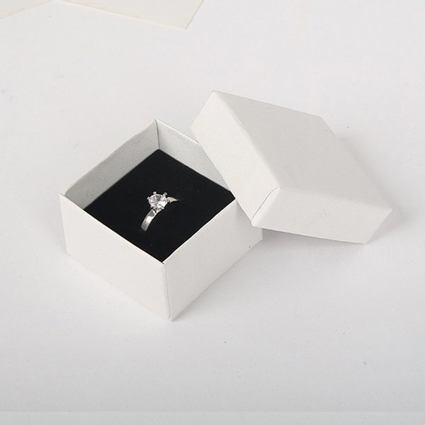 High Quality White Paper Ring Box 5*5 cm Jewellry Gift Box for Pendant Earring Boxes Jewelry Display Packaging with Black Sponge