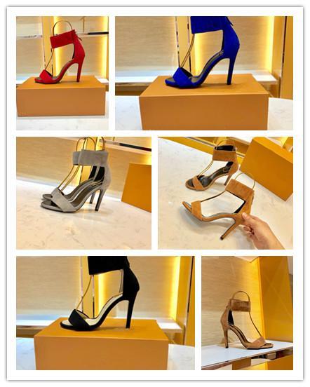 2019 Mais novo verão viajar mulheres designer de sandálias Socialite plana calcanhar chinelos alta qulity senhora decoração de metal sapatos de viagem de praia