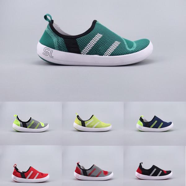 e2650eca8 2019 Zapatos Hombre Mujer 2019 Bote exterior Zapatillas de agua con encaje CC  Zapatos de moda