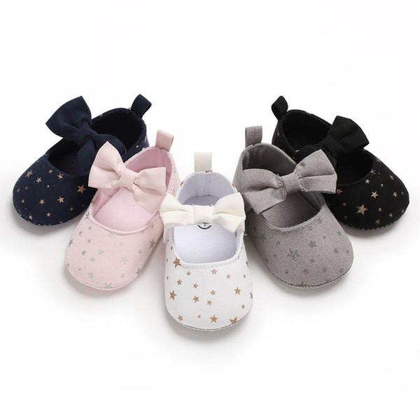 Bows scarpe da bambino di design principessa scarpe da bambina scarpe da bambino Mocassini Morbida scarpa da passeggio scarponcino scarpetta neonato A6192