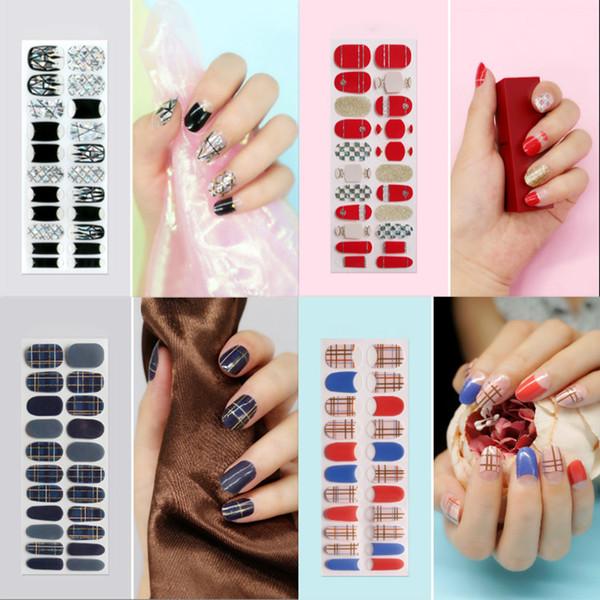 Nail Art Jel Dekorasyon Nail Art Etiketler 22 adet / Adet DIY Sticker Çıkartmaları Dekor 3D Elmas Giltter Tozu
