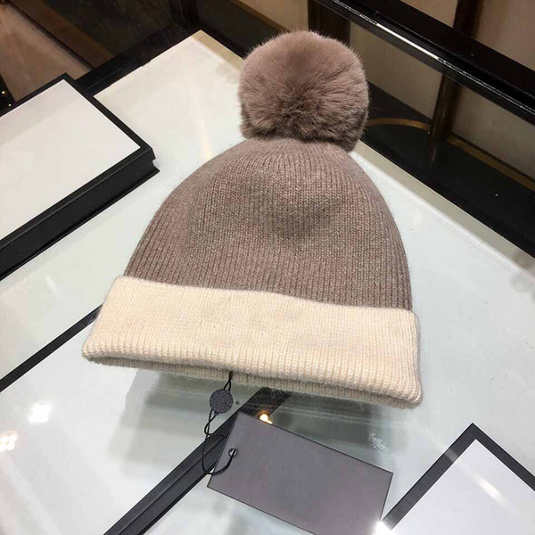 2018 new popular hat women pure cashmere hat double color patchwork ball ball hat luxury caps lasetest skull caps woman beanie free shipping