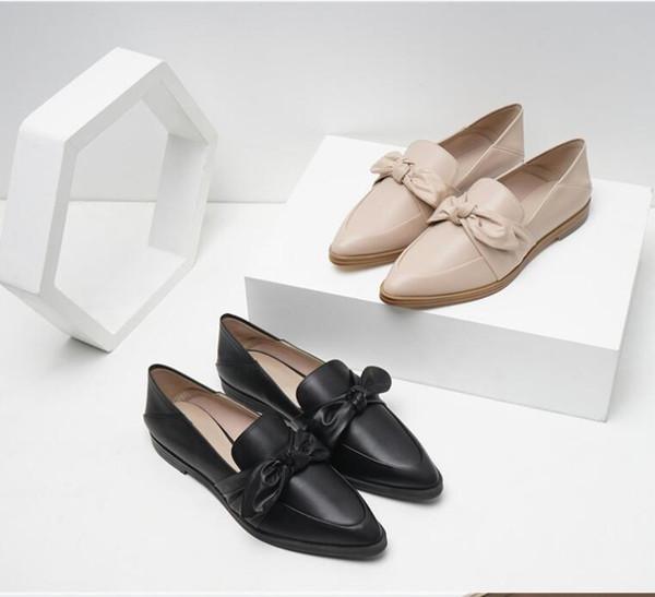 Zapatos de mujer de tacón bajo Bowknot estilo de moda de fondo plano moda Streetwear para mujer de cuero de boca baja zapatos perezosos al por mayor