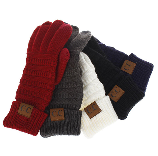 2019 Europe and the United States men and women winter warm new adult knitting CC labeling all refers to touch screen gloves