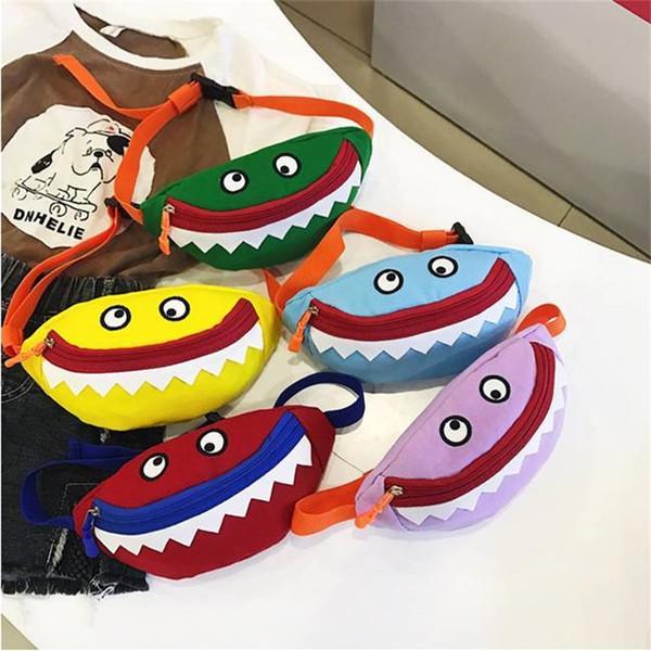 Baby Shark Purse Little Monster Inclinado Hombro Mochilas Mini Lienzo Bolsos de forma cuadrada Bolsos de almacenamiento de moda de bolsillo 7sc E1