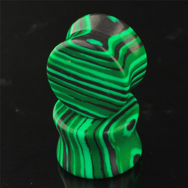 top popular 6-16mm Organic Green Concave Malachite Stone Ear Plugs Tunnels Piercing Expander Stretcher to Ear Saddle Body Piercing Jewelry for Women Men 2021