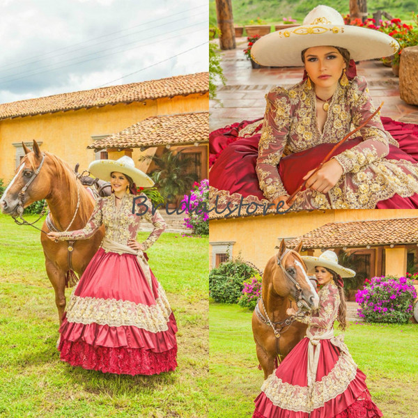 Quinceanera rouge mexicaine traditionnelle robes col en V brodée dentelle manches longues Prom Cendrillon Princesse Cowgirl douce 16 robe d \ 'anniversaire