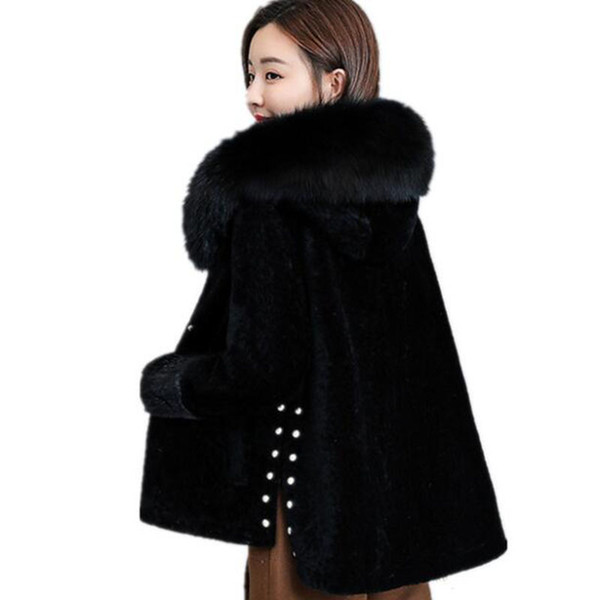 2019 invierno nuevo abrigo de lana de oveja de esquila de las mujeres de piel corta cuello de piel de zorro outert con capucha una gruesa chaqueta caliente