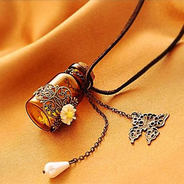 Glasflasche Aromatherapie Ätherisches Öl Diffusor Halskette Medaillon Anhänger Vintage geschnitzte kleine Daisy Leder Seil Perle Schmetterling Halskette