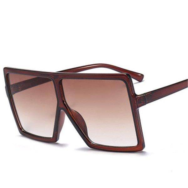 C16 marrón