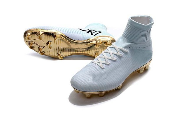 High Quality 2019 Mens/Woman/Kids Football Boots Superfly V TF/IC/FG Soccer Shoes Ronaldo CR7 FG White And Gold Soccer Cleat