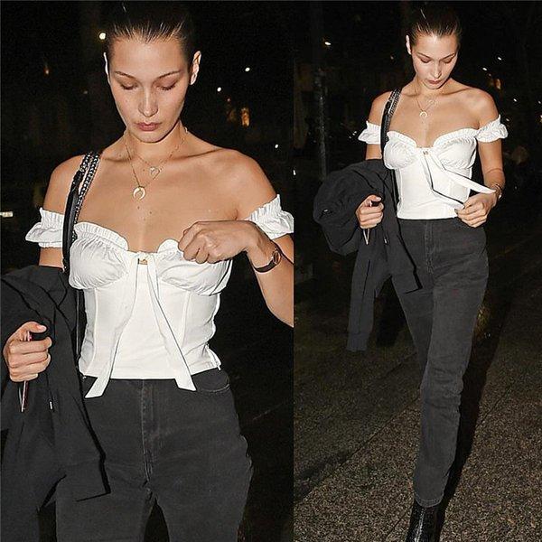 La mode blanche de Bella Hadid T-shirts hors épaule Cap Sleeve Sexy Red Real Pictures Tops Femmes Été SH-003